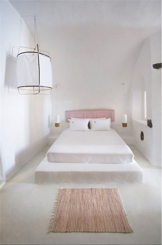mediterranean-bedroom-pink